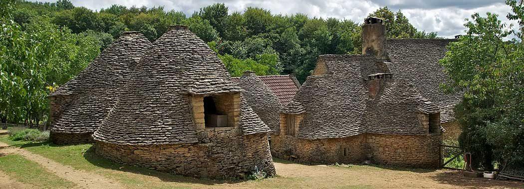 Les cabanes en pierre sèche du Périgord