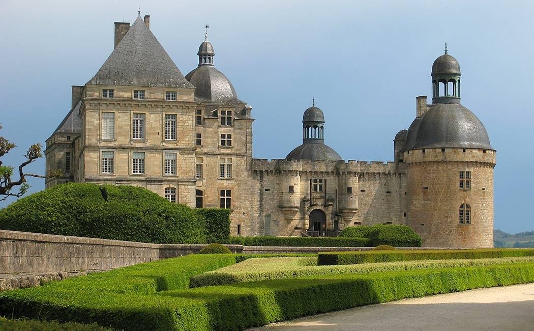 Les Châteaux du Périgord Classique & Moderne
