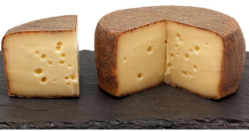 La Trappe d'Échourgnac nature traditionnel, un fromage du Périgord atypique