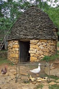 Cabanes du Breuil, Saint-André-d'Allas, Dordogne, monument inscrit au titre des Monuments Historiques