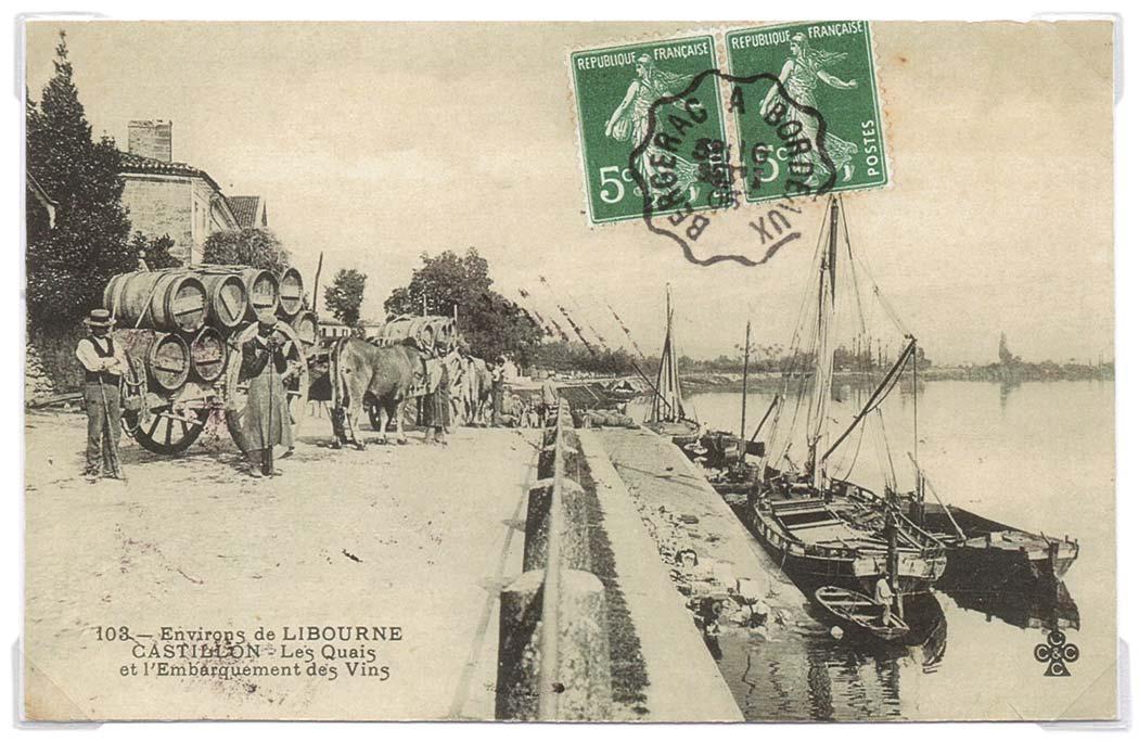 Des gens de la Rivière sur les quais d'embarquement du vins au port de Castillon