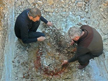 Fouilles archéologiques à la Halle de Beaumont-du-Périgord