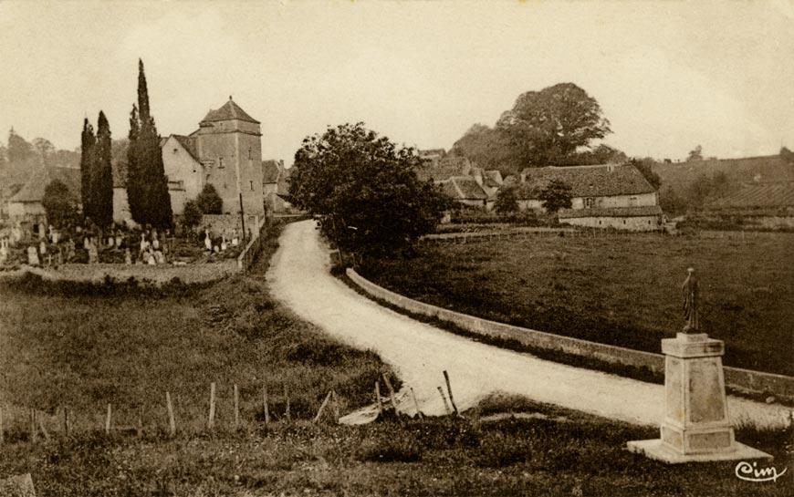 Le chemin de grande circulation n° 27 traversait le village de Liorac en Périgord